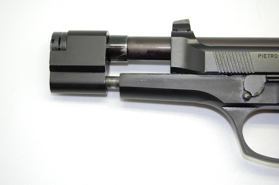 Beretta 92 combat 9 mm